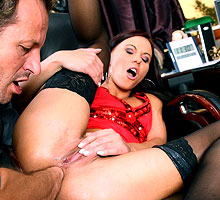 Alysa - The Secretary That Loves Anal Fisting