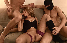 Sexy blonde MILF in a fantastic threesome oral action - סרטי סקס
