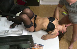 German Office Anal Pounding - סרטי סקס