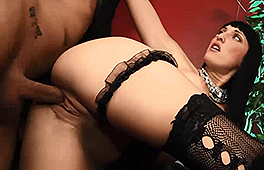 Paula Rowe Loves To Get Nasty