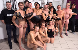 German Amateur Basement Groupsex - סרטי סקס